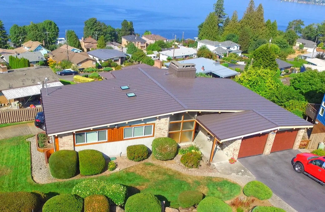 Residential Metal Roof: Lake Washington new metal roof and gutters