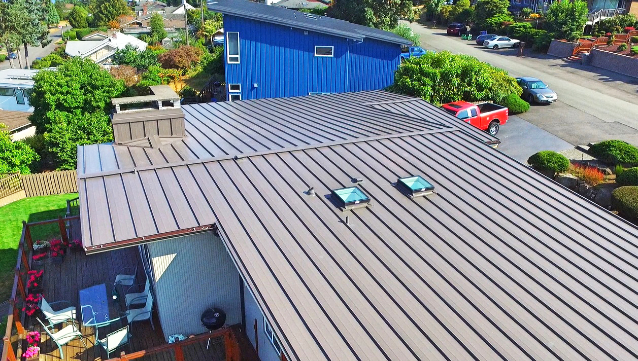 Residential Metal Roof: Lake Washington